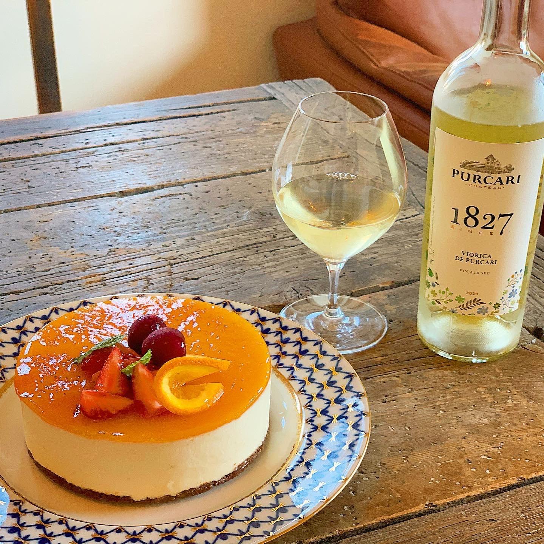 花とスィーツとワインのマリアージュ